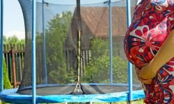 Is it allowed to bounce on a trampoline while pregnant?