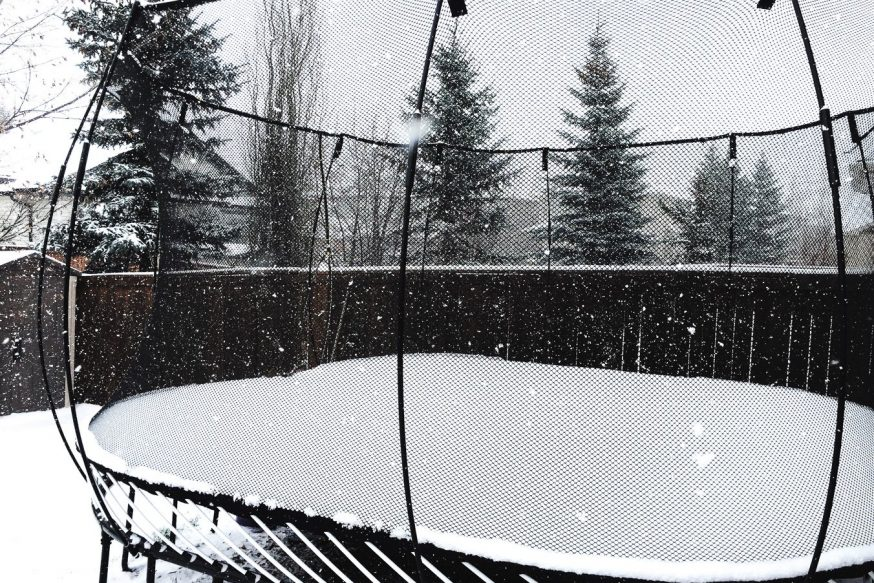 Is there a way to protect trampoline in winter? - Trampoline Guide